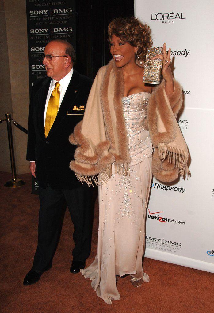 Whitney Houston Pictures   POPSUGAR Celebrity