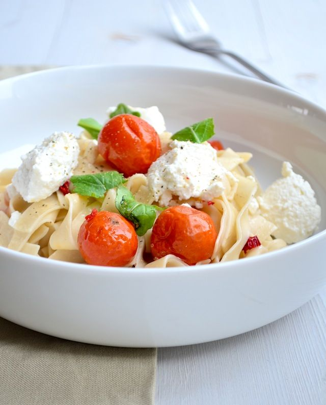 Makkelijke Maaltijd: Pasta met geroosterde tomaten
