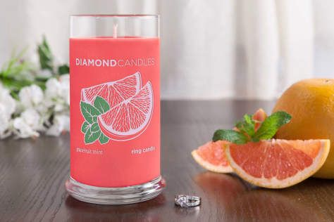Grapefruit Mint Ring Candle by Diamond Candles - A medley of grapefruit, sweet mint, and eucalyptus combined with a touch of lemongrass and soft floral notes make this the perfect summery scent.