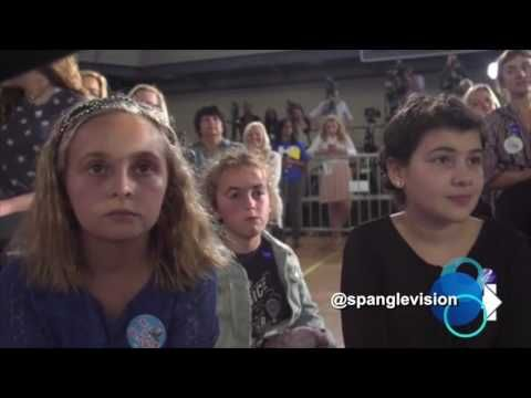 Child 'actor' reads anti-Trump question from card during Hillary town hall - The American MirrorThe American Mirror