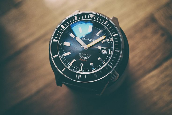 REVIEW – Squale Squalematic 60 Atmos – A Dive Watch Full of Vintage Charisma