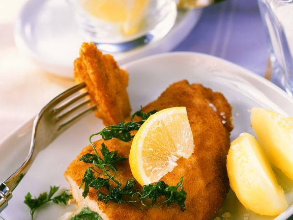 Gefülltes Hähnchenschnitzel ist ein Rezept mit frischen Zutaten aus der Kategorie Hähnchen. Probieren Sie dieses und weitere Rezepte von EAT SMARTER!