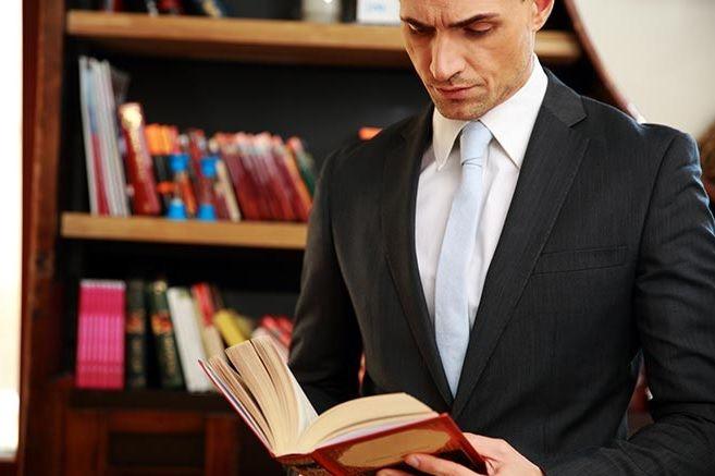 تعد مصطلحات افضل محامي احوال شخصية في ابوظبي و افضل محامي طلاق في ابوظبي من المصطلحات الشائعة التي يبح Life Changing Books Perspective On Life Life Changes