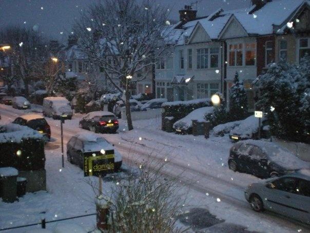 Snow in London circa 2009