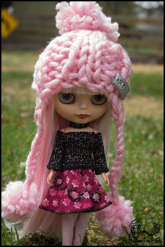 Blush  Off to Margs  Beanie/Hat for Blythe by minni64 on Etsy, $25.00