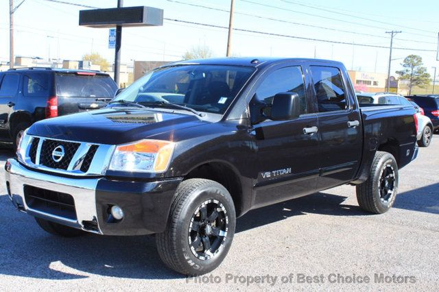 2010 Nissan Titan XE - Click to see full-size photo viewer