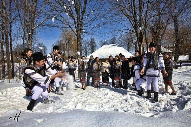 Oferte turistice Craciun si Revelion in Bucovina, selectate calitativ, judetul Suceava, Bucovina. Datele de contact complete si tarife mici, fara comision rezervare.