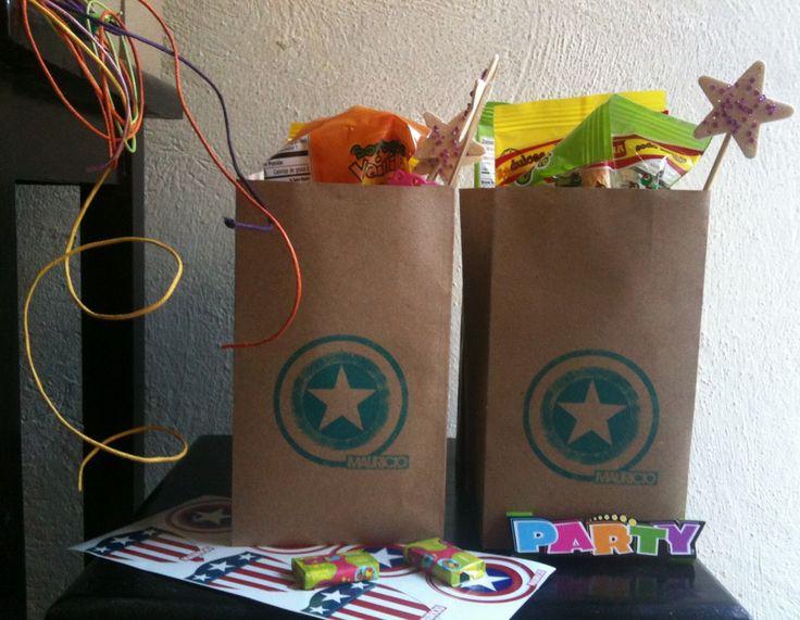 bolsas de papel de avengers para sorpresas - Buscar con Google