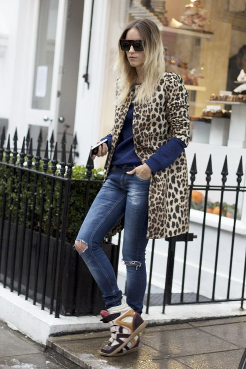 Street style| Leopard coat| Ripped jeans| Isabel Marant sneakers