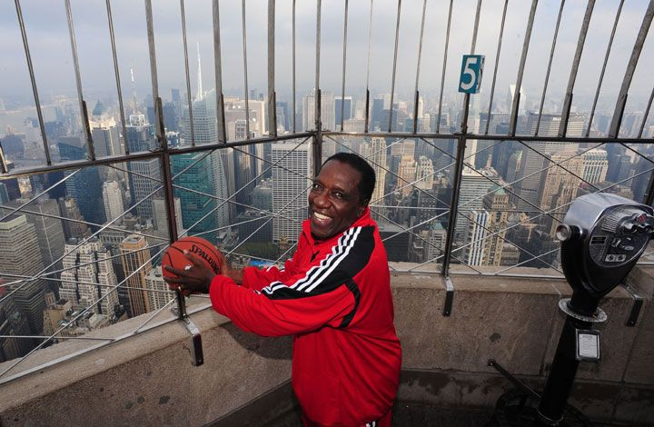 Photo Gallery Meadowlark Lemon on the David Letterman Show March 22, 2011 Meadowlark Lemon at the Empire State Building on book promotional tour on Oct. 26, 2010 Meadowlark Lemon with Curly Neal an...