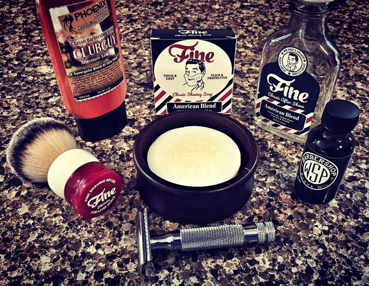 SOTD: 4/8/2016 Fine American Blend Shaving Soap Fine American Blend Aftershave Fine 24mm Stout Angel Hair Brush Phoenix CLUBGUY Aftershave Balm Wet Shaving Products El Grande Closed Comb DE Razor Wet Shaving Products Barbershop Pre Shave Oil Astra Superior Stainless DE Blade This Fine Soap smells just like the aftershave very impressed. @fineaccoutrements @phoenixshaving @wetshavingproducts #sotd #shaveoftheday #astrablades #derazor #safetyrazor #artisansoaps #shavingsoap #shavingbrush...