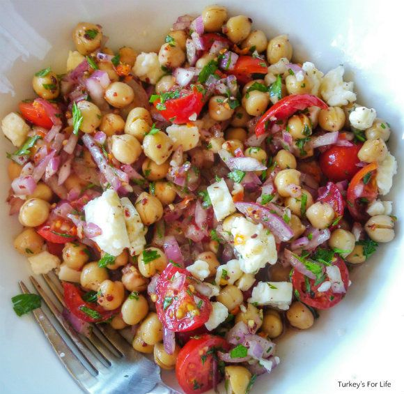 How To Make #Turkish Chickpea Salad                                                                                                                                                                                 More