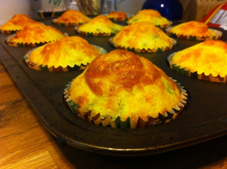 Jalepeno Cheese Cornbread Muffins