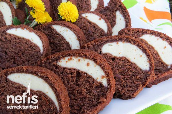 İçi Krem Peynirli (cheesecake'li) Kakaolu Kek