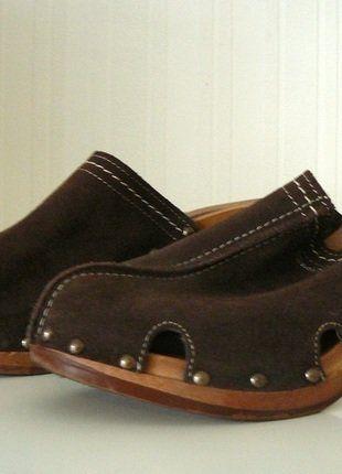 Kaufe meinen Artikel bei #Kleiderkreisel http://www.kleiderkreisel.de/damenschuhe/hohe-schuhe/144467156-tamaris-pantolette-clock-braun-leder-gr-40