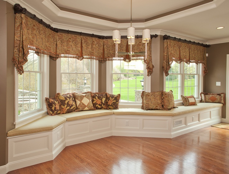 Traditional Living Room Window Treatments 42 best bay window treatments images on pinterest | curtains