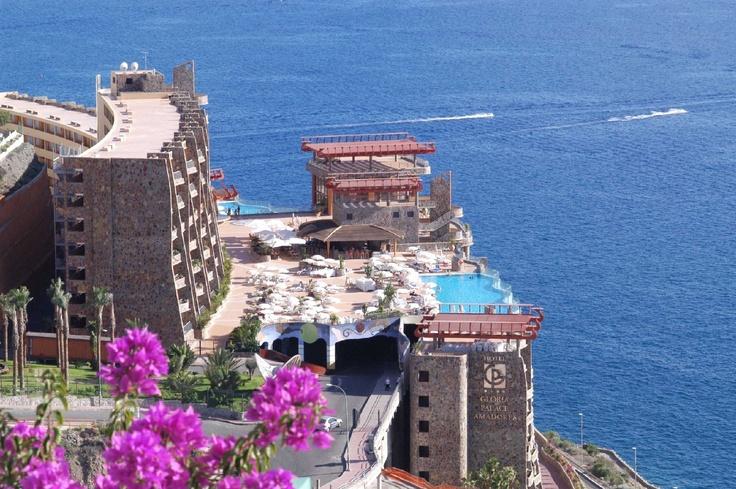 Gloria Palace Amadores Thalasso & Hotel ****. Playa de Amadores, Puerto Rcio, cerca de Mogán. www.gloriapalaceth.com