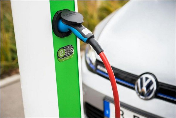 Gruppo VW entra in Hubject, piattaforma eRoaming leader per la ricarica di veicoli elettrici in Europa
