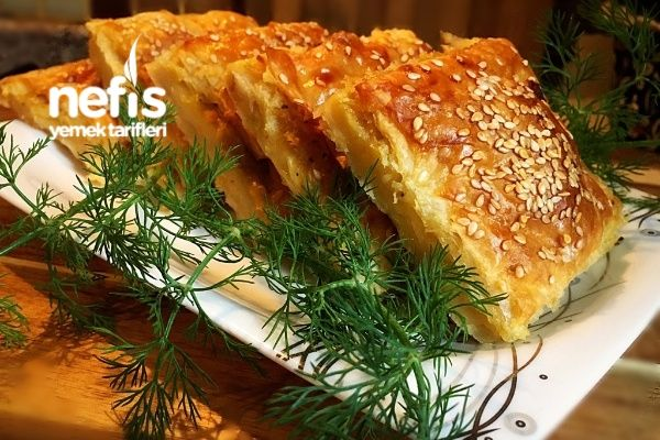 Nişastalı Patatesli Tepsi Böreği