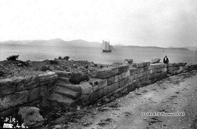 Πειραιάς, τα αρχαία τείχη, 1907
