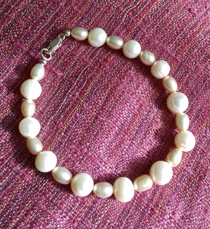 Champagne and white Cultured Freshwater Pearl bracelet