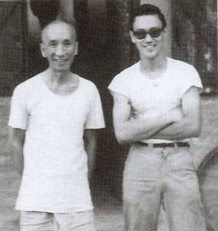 Yip Man (Ip Man), Wing Chun gung-fu master, with his young student, Lee Jun Fan, aka Bruce Lee.