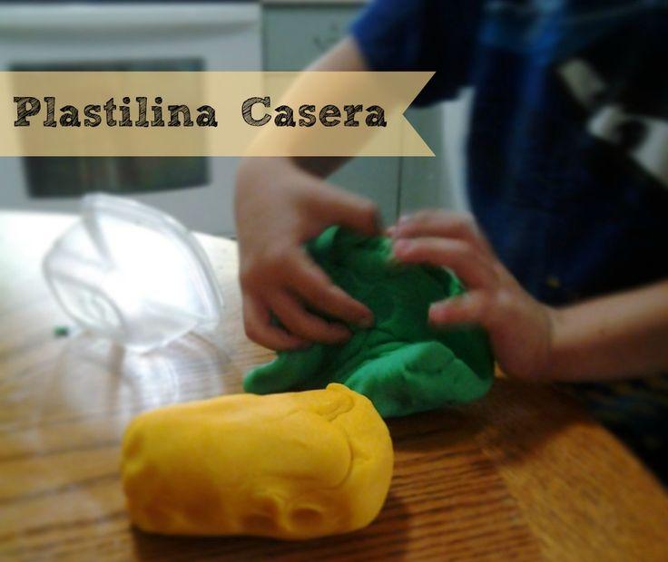 Esta receta para hacer plastilina en casa es bien sencilla y la textura es mucho mejor que la del playdough comercial