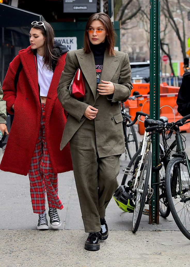 Bella Hadid | Street Style Actually i really love that red coat 😍😍😍😍😍