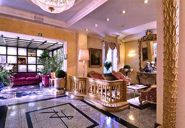 Séjour pas cher Italie Go Voyage à l'HOTEL BEST WESTERN RIVOLI 4* prix promo Week-end GoVoyages à partir 182,00 € TTC