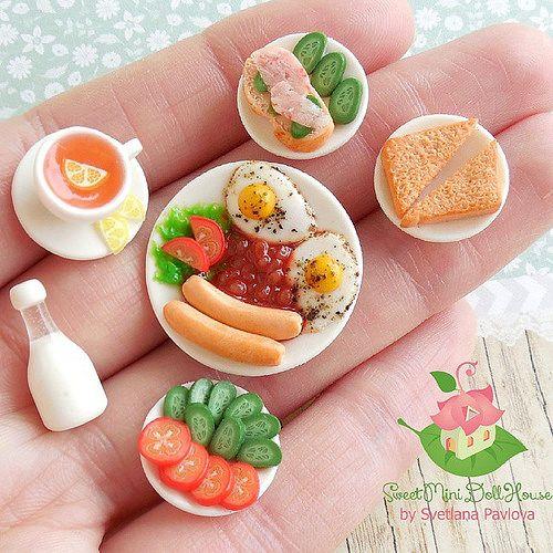 """Набор миниатюры """"Завтрак"""" Сделан вручную из полимерной глины. Еда приклеена к тарелочкам. Набор продается на Ярмарке мастеров, ссылка на магазин в профиле. Miniature for Dollhouse. Миниатюра для кукол и кукольных домиков. #миниатюра #полимернаяглина #ру   Flickr - Photo Sharing!"""