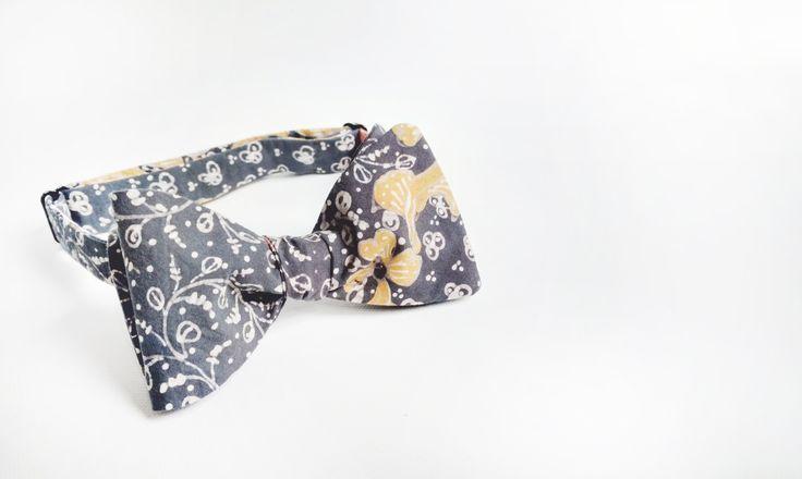 mens bow tie cotton - light gray bowtie - gray BATIK bowtie - grooms bow tie - self tie - floral bowties - boho - rustic - adjustable bowtie by Hueynie on Etsy