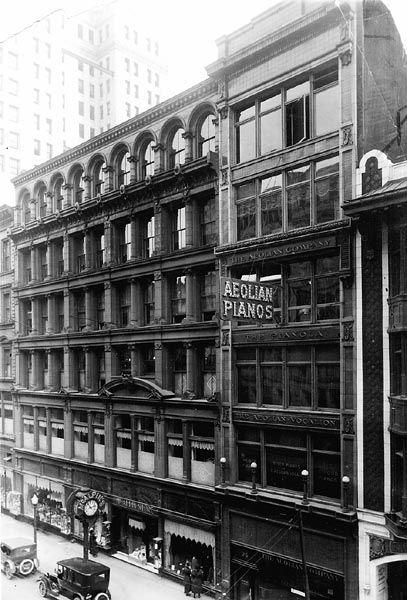 Clothing stores in downtown cincinnati