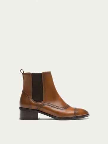 BOTIN CHELSEA PIEL MARRÓN de MUJER - Zapatos - Botines de Massimo Dutti de Otoño Invierno 2017 por 99.95. ¡Elegancia natural!