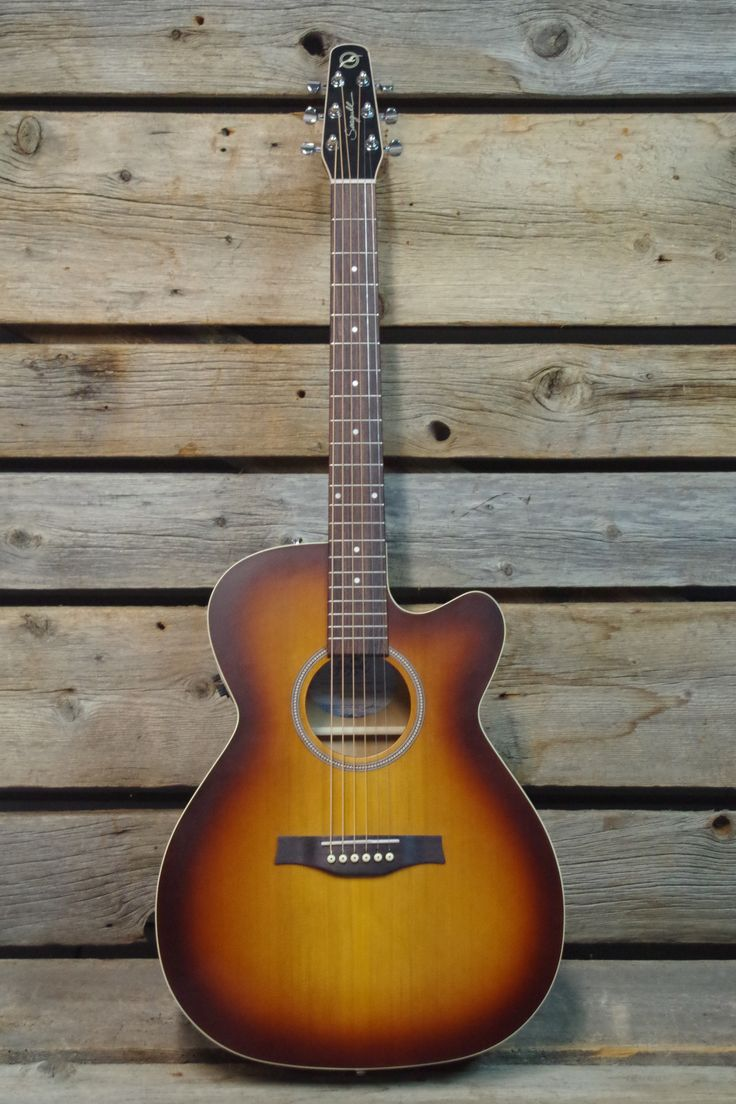 Seagull Entourage Rustic Concert Hall CW QIT Acoustic / Electric Guitar