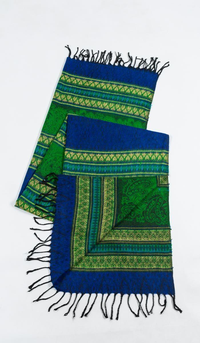 https://indiastyle.ru/warm-blankets/product/pled-vostochnye-skazki  Сине-зеленый шерстяной плед с этно узором, пожно сипользовать как накидку, шарф, палантин в стиле бохо    Ethnic style plaid (scarf)    2460 рублей