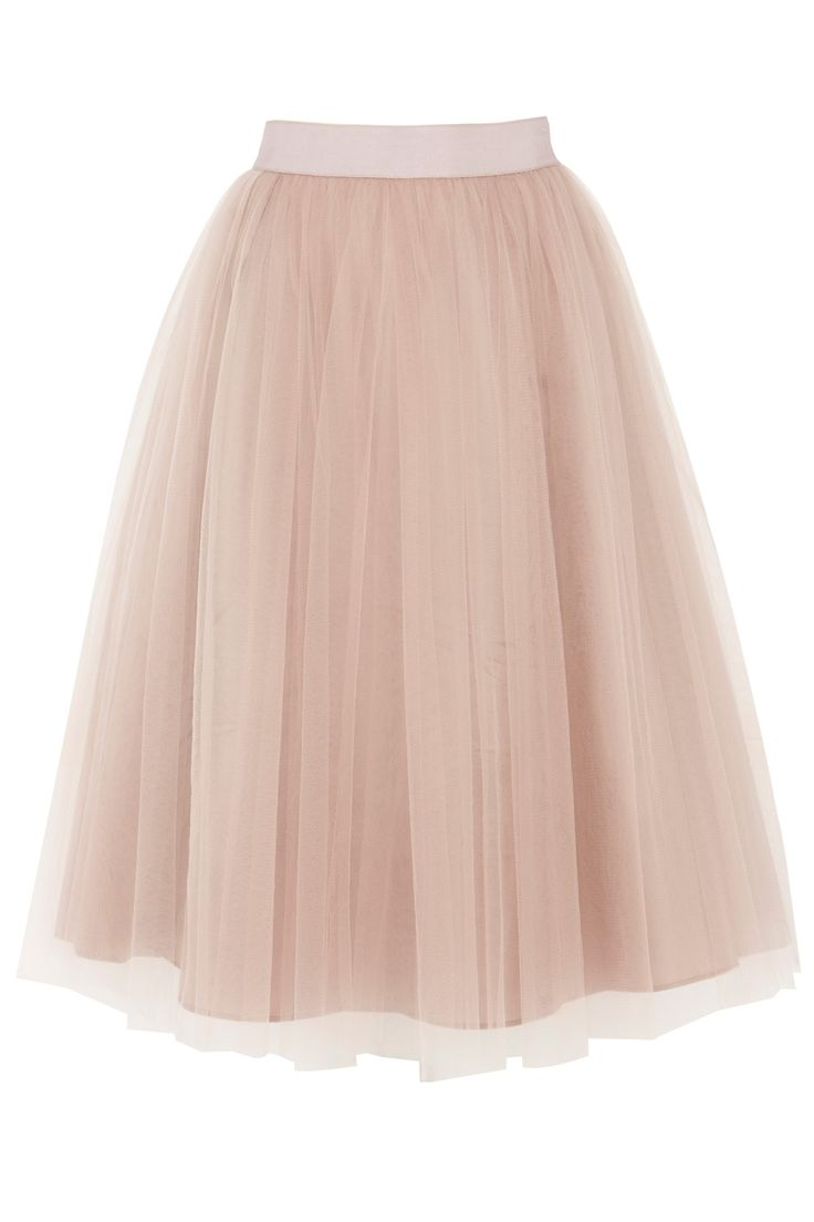 A strikingly romantic tulle skirt. The Tressi Full Skirt is a stunning formal style that is sure to make an entrance. Crafted to flare out and accentuate your waist with a fitted band this tulle layered skirt is the ultimate way to flatter your figure. To compliment this skirts ethereal aesthetic, try wearing it with the matching Tressi Bustier. The skirt is fully lined for ultimate comfort and effortless fit.