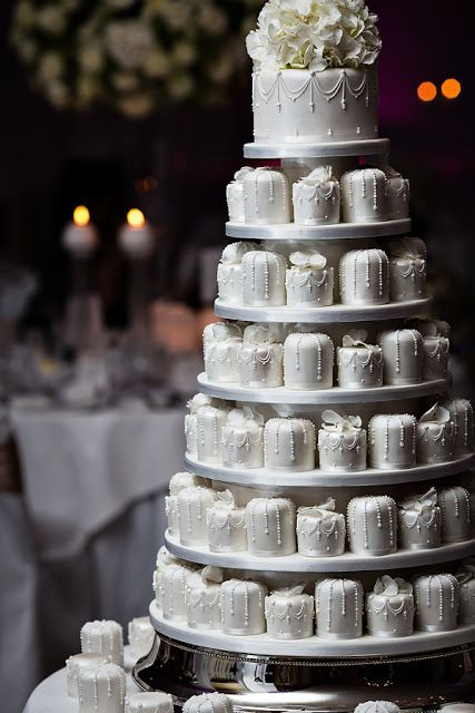 My cake will mirror this one, but will be decorated more simply. Can't wait!!!