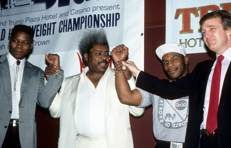 ATLANTIC CITY - CIRCA 1987: (L-R) Tyrell Biggs, Promoter Don King, Mike Tyson and Donald Trump pose during the press conference to promote the fight between Mike Tyson and Tyrell Biggs in Atlantic City, New Jersey. Photo: The Ring Magazine, Getty Images