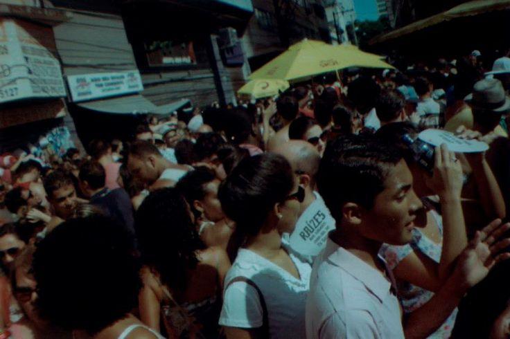 No dia em que o samba tomou as ruas da cidade.