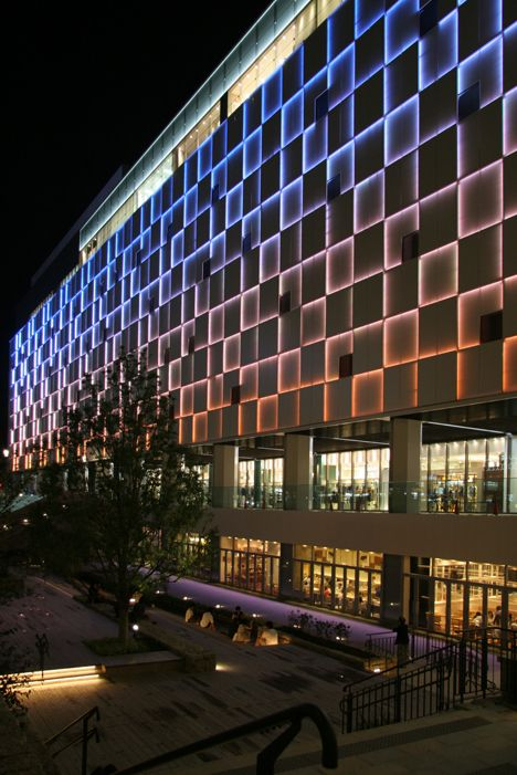 25 best ideas about facade lighting on pinterest retail for Building exterior lighting design