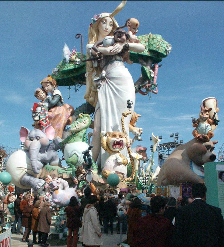 Las Fallas de Valencia.  Good photo to put size into perspective for those who have never been.