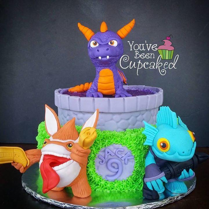 Populaire Les 169 meilleures images du tableau Video Game Cakes sur  GJ98