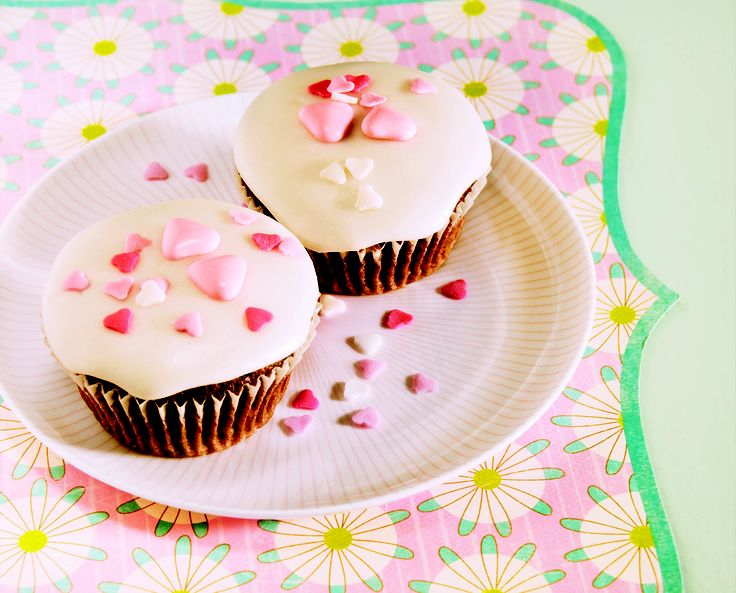 Valentine's chocolate cupcakes - HomeChoice Cookbook Volume I. Find the recipe here: http://hometalk.homechoice.co.za/content/valentines-chocolate-cupcakes