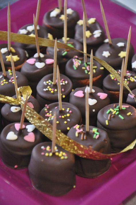 Sucettes de chamallow au chocolat