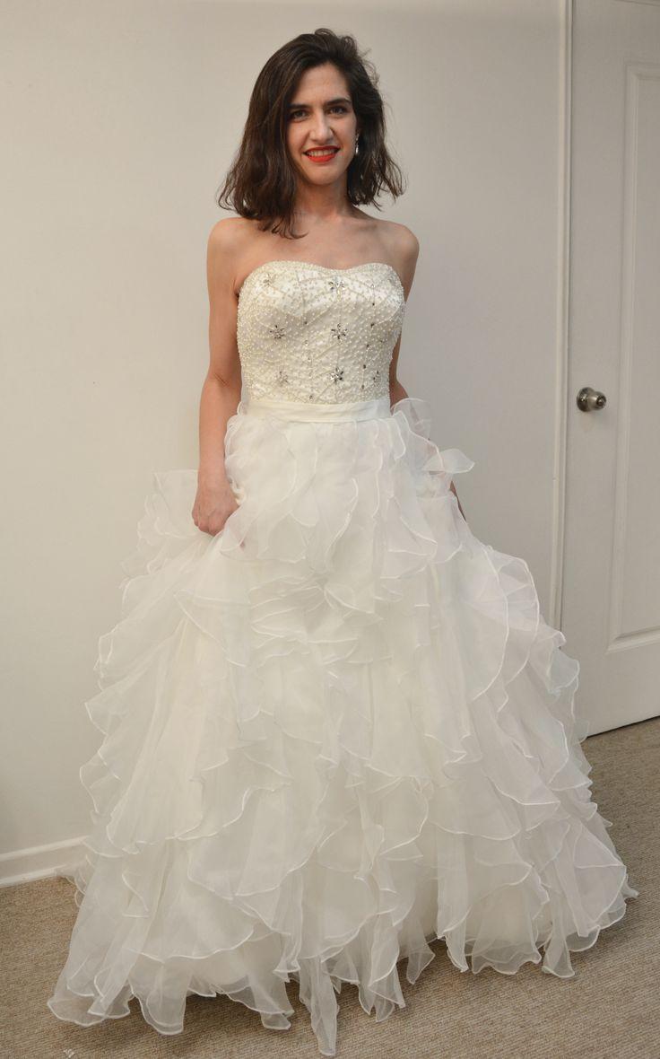Vestido de novia  http://noviaskarinyalexander.cl/
