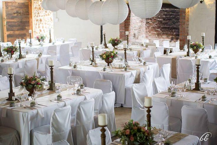 De Uijlenes wedding venue, decor, table setting