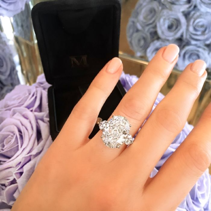 Martin Katz - Interview With The Engagement Ring Master -large oval cut engagement ring, ring selfie, proposal