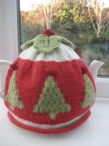 25+ best ideas about Tea cosies on Pinterest Knitted tea cosies, Crochet te...