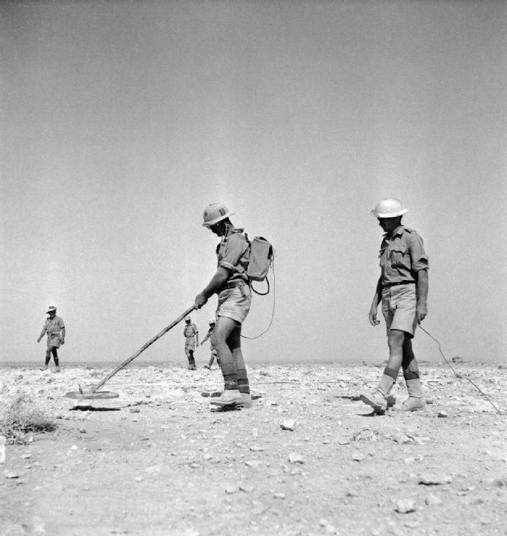 South African engineers training South African troops being trained with mine detection equipment in North Africa. British and Commonwealth forces trained intensively in minefield clearance