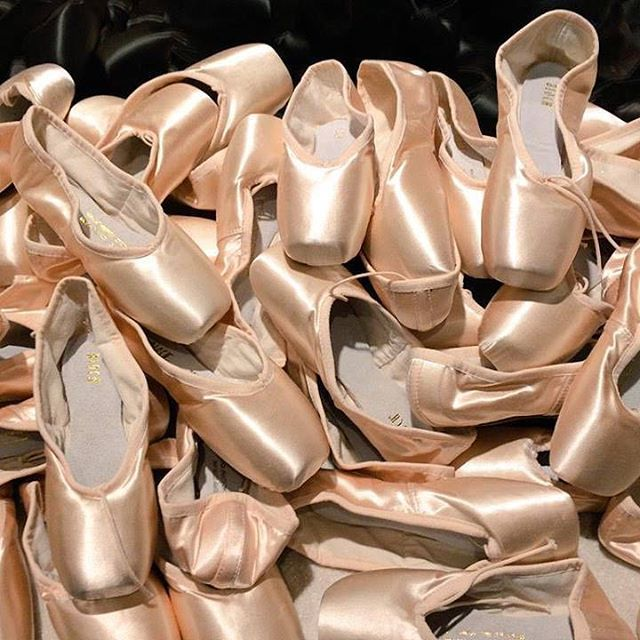 Pointe shoe heaven which style do you wear? #blochpointe #pointeshoes #blocheu #ballet #dance #bloch #blochpointeshoes